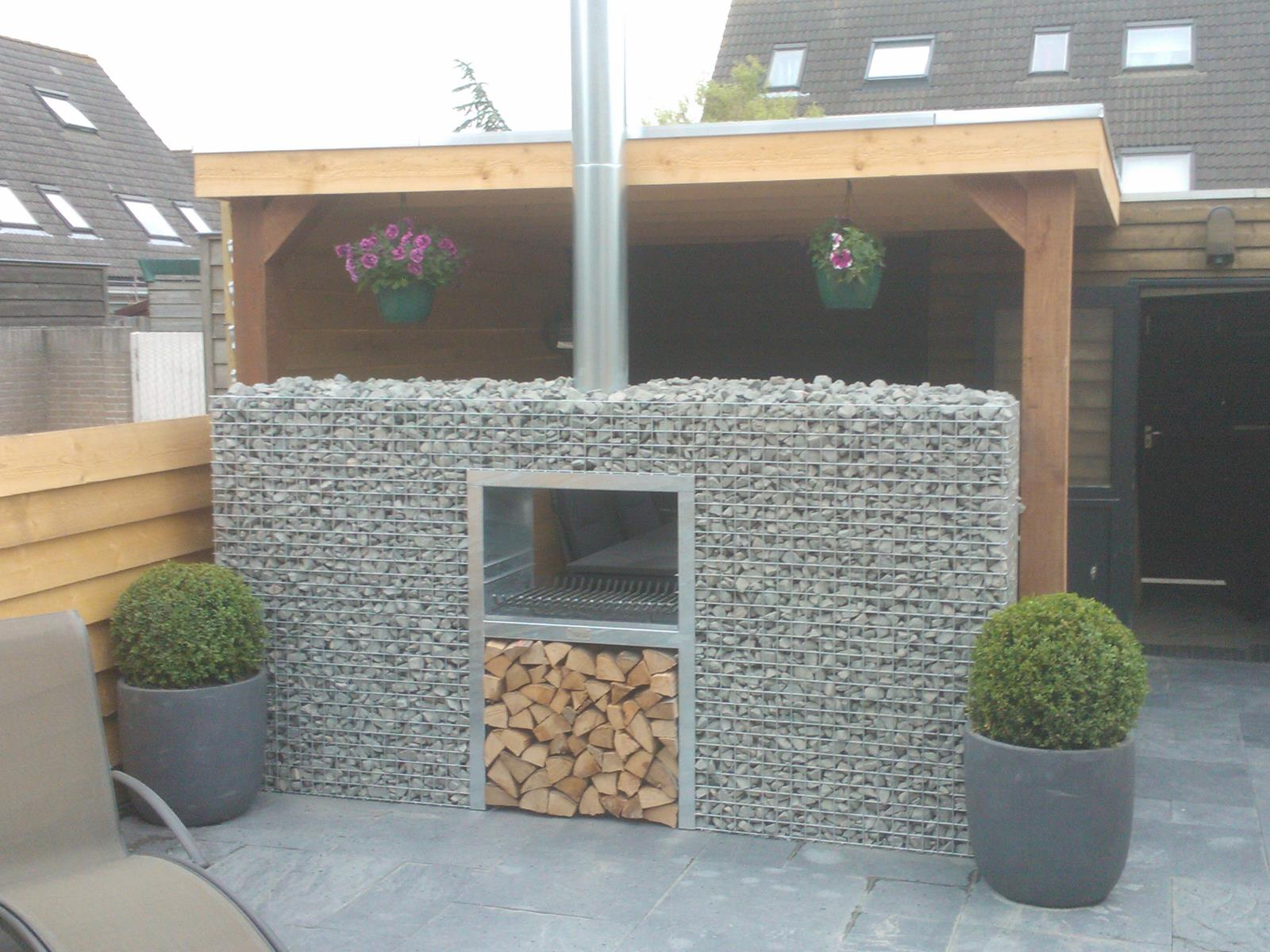 barbecue gabion bloc jardivrac d coration et mat riaux de jardin. Black Bedroom Furniture Sets. Home Design Ideas