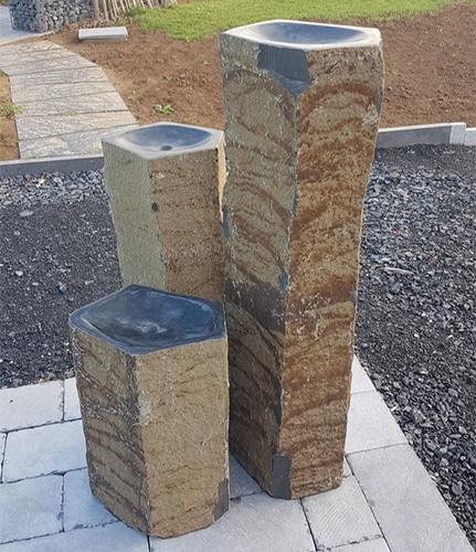 Fontaine en basalte naturel